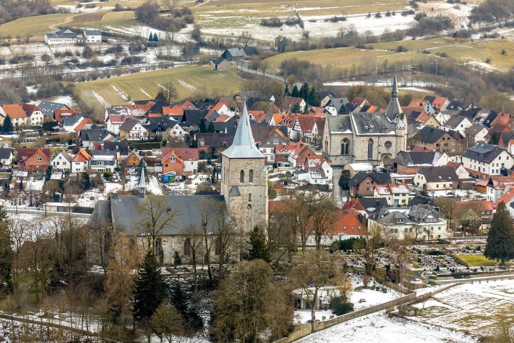 Propsteikirche Stiftskirche und die Nikolaikirche in Obermarsberg in Marsberg in NRW