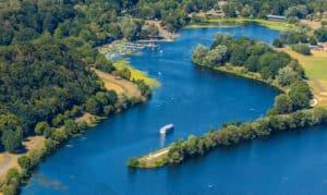 Luftbild vom Seglerhaus/ Hafen Heveney auf der Stadtgrenze Bochum Witten, Kemnader See, Kemnadersee, Stausee, Fahrgastschiff Möwe, Ruhrgebiet, Nordrhein-Westfalen, Deutschland